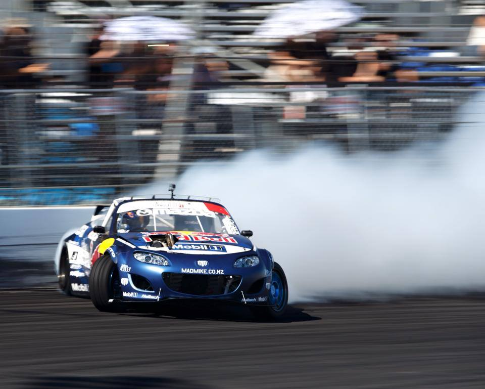 Strong finish: Formula Drift Final